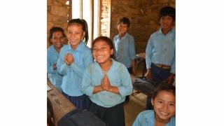 """Faţa frumoasă a României: """"Life for Nepal 2017"""" - voluntari în expediţie umanitară"""