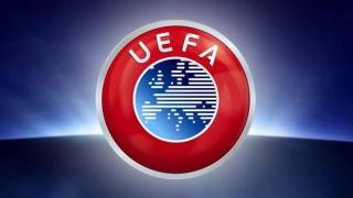 FC Barcelona și SSC Napoli, amendate de UEFA