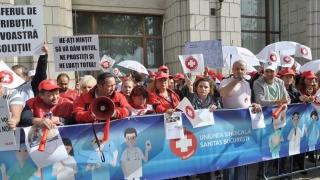 "Federația ""Sanitas"": Guvernul a mimat din nou dialogul social!"