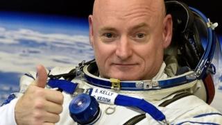 Film bazat pe viața astronautului Scott Kelly, care a stat un an în spațiu