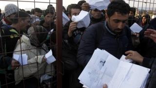Furie migratorie la frontiera dintre Grecia şi Macedonia