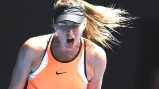 Gemetele jucătorilor de tenis de câmp anunţă cine va fi câştigătorul partidei
