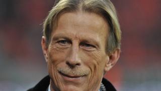Germanul Christoph Daum, favorit să preia naționala României