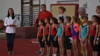 Andreea Răducan, întâlnire cu gimnastele junioare din Centrul Național de Pregătire
