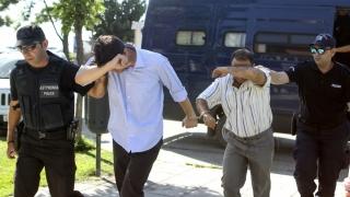 Grecia a respins cererile de azil formulate de trei militari turci
