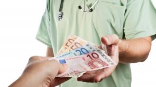 Guvernul a sesizat Curtea Constituțională. Vizează veniturile din Sănătate