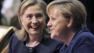 Hillary Clinton o admiră pe Angela Merkel