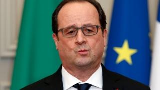 Hollande, la Singapore, în prima etapă a ultimului său turneu diplomatic