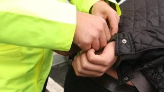 Hoți săltați de polițiști