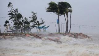Mii de persoane evacuate în Noua Zeelandă, în urma inundațiilor cauzate de Ciclonul Debbie