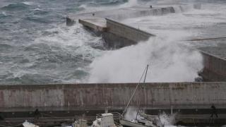 Grecia, lovită de ciclonul Zorba: ploi torenţiale, vânt puternic şi inundaţii