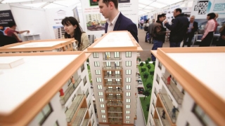 În lipsa banilor, apartamentele... se scumpesc?!?