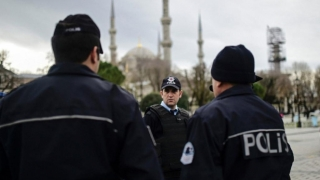 Încă 15.000 de funcționari demiși în Turcia