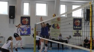 Începe returul în Seria Est din Divizia A1 la volei feminin