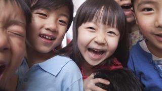 """În China s-a renunţat la """"copilul unic""""! Ce se întâmplă acum"""