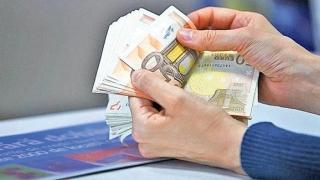 Cine are credit în valută este mai bogat de Sărbători. Anunţul BNR