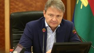 Franţa a permis vizita unui ministru rus vizat de restricţii de călătorie