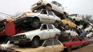 Cine îşi înnoieşte parcul auto