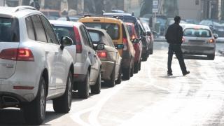 În loc de claxoane, măcănit de raţe în trafic?!
