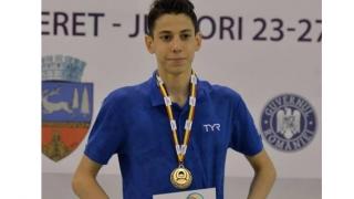 Înotătorii constănțeni au cucerit 13 medalii la Bacău