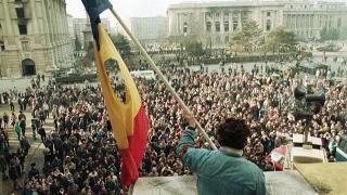 În România se face trafic cu eroismul de la Revoluţie! Fost secretar de stat, reținut