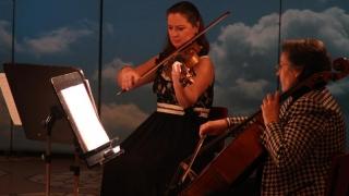 Întâlnire muzicală cu trio Resonance