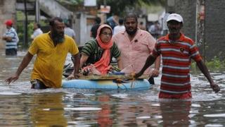 Inundaţiile au ucis aproape 150 de persoane în Sri Lanka