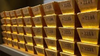 Vin vremuri negre - e timpul să investești în aur!