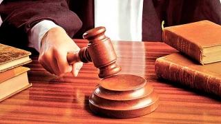Profesor condamnat la închisoare cu executare, pentru mită la BAC