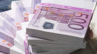 Italia își stabilizează sistemul bancar