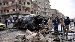 Cel puțin 35 de persoane, moarte în urma unui raid aerian în estul Siriei