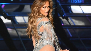 Jennifer Lopez revine la film