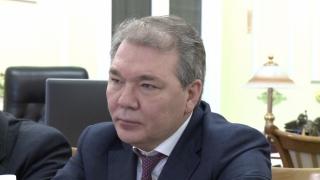 Kievul şi Chișinăul, amenințate de... Kalașnikov!