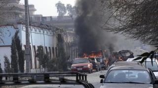 Clădire guvernamentală atacată de terorişti