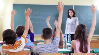 Obiective Ministerul Educaţiei: creşterea ratei de absolvire a şcolii şi promovare a bacalaureatului