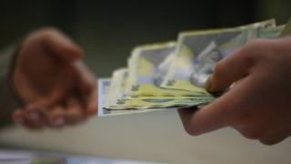 Legea salarizării a trecut de Parlament! Urmează Iohannis şi un atac la CCR?