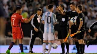Lionel Messi a înjurat arbitrii meciului Argentina - Chile!