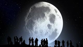 Spectacol astronomic triplu, în weekend