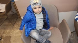 Lupta micuţului David cu CANCERUL, aproape de un final fericit! Să-l ajutăm!