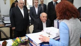 Lupta pentru voturile românilor, declanșată oficial