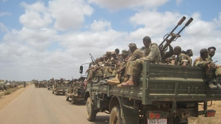 Lupte aprinse şi pierderi de vieţi omeneşti la graniţa Somaliei cu Kenya