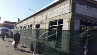 Magazine în loc de parcări și spații verzi, noua politică a Primăriei Constanța