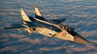 Manevre aeriene ruse în Crimeea, în replică la exerciţiile NATO