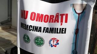 Medicii de familie şi Guvernul vorbesc limbi diferite! Protestele continuă!