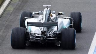 Mercedes a prezentat noul său monopost, W08