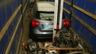 Mercedes furat, cărat într-un camion! L-au descoperit poliţiştii de frontieră constănţeni!