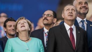 Merkel şi Erdogan, la masa reglării tensiunilor. Cel puţin asta se speră