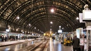 Milano: I-au cerut să se legitimeze şi au fost înjunghiaţi!