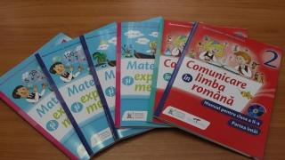 Ministerul Educației a înființat comisia pentru manualele școlare