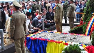 Mormântul lui Avram Iancu, loc de pelerinaj pentru politicieni!